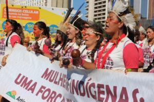 Marcha das Mulheres Indígenas marca protagonismo feminino na mobilização política