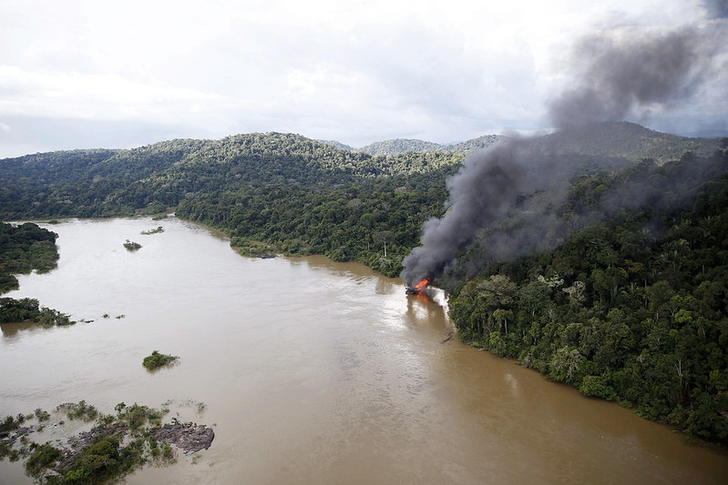 Inferno ou paraíso? Amazônia sob suspeita