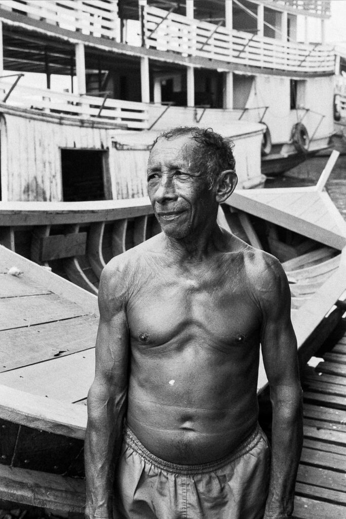 idoso breves pará barco