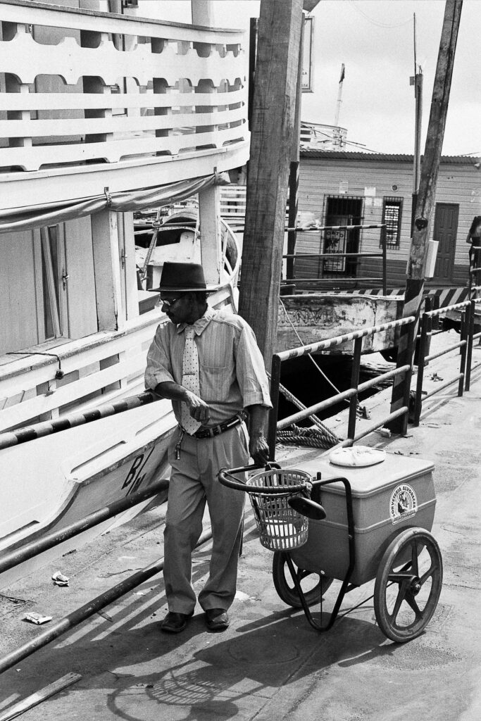 vendedor de sorvete ilha de santana amapá