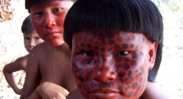 O enigma Zuruahã, um padre na Amazônia e um índio na cidade